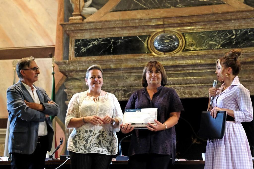 Cristina Cornelio, I premio Qualità Microeletteratura con Maria Grazia Sassi